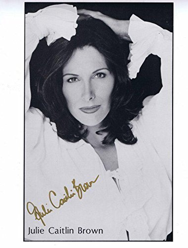 Julie Caitlin Brown Signed 8x10 Photo Babylon 5