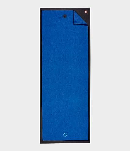 Amazon Com Manduka Yogitoes Mat Towel 2 0 Be Bold Blue 2 0 One Size Sports Outdoors