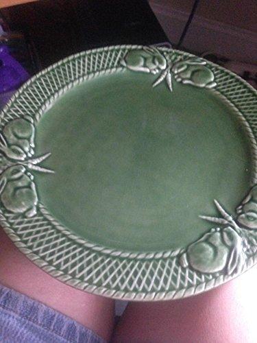 Bordallo Pinheiro Green Bunny Rabbit Plate Majolica 10-1/4