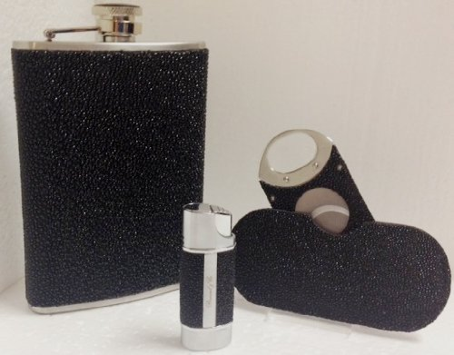 Brizard & Co. Stingray Flask, Cigar Cutter, And Cigar Lighter Gift Set by Brizard & Co (Image #5)