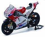 New Ray 57723 'Ducati Desmosedici Dovisoso No.4 Model Motorbike