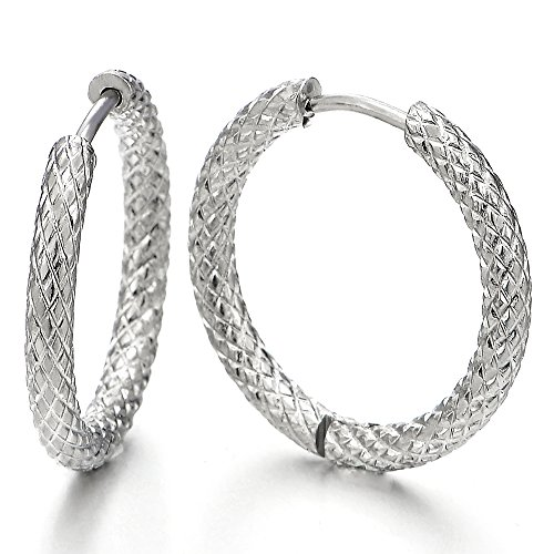 (Stainless Steel Textured Circle Huggie Hinged Hoop Earrings for Men Women, 2pcs)