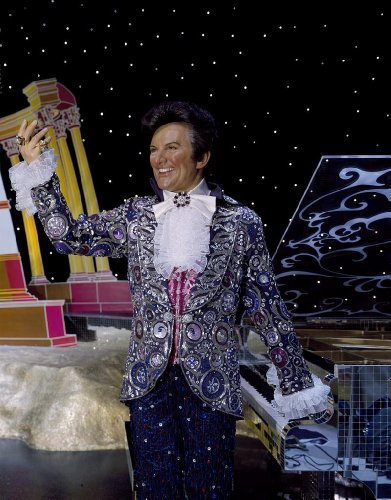 Photography Poster - Celebrities cloned at Madame Tussaud's Wax Museum inside the Venetian Hotel include the flamboyant pianist Liberace Las Vegas Nevada 24 X 19