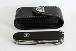 victorinox etui ceinture pochette en cuir noir avec fermeture velcro. Black Bedroom Furniture Sets. Home Design Ideas