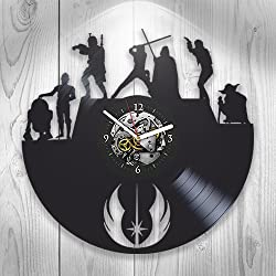 Star Wars, Vinyl Clock, Wall Decor, Modern Art, Darth Vader, Yoda, Luke Skywalker, Chewbacca, Gift Ideas For Fans, Wall Art, Home Decor, Handmade Gift, Vintage Vinyl Record