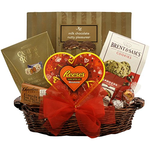 (GreatArrivals Valentine's Day Gourmet Gift Basket Totally Nuts Over You, Red & Gold, 3 Pound)