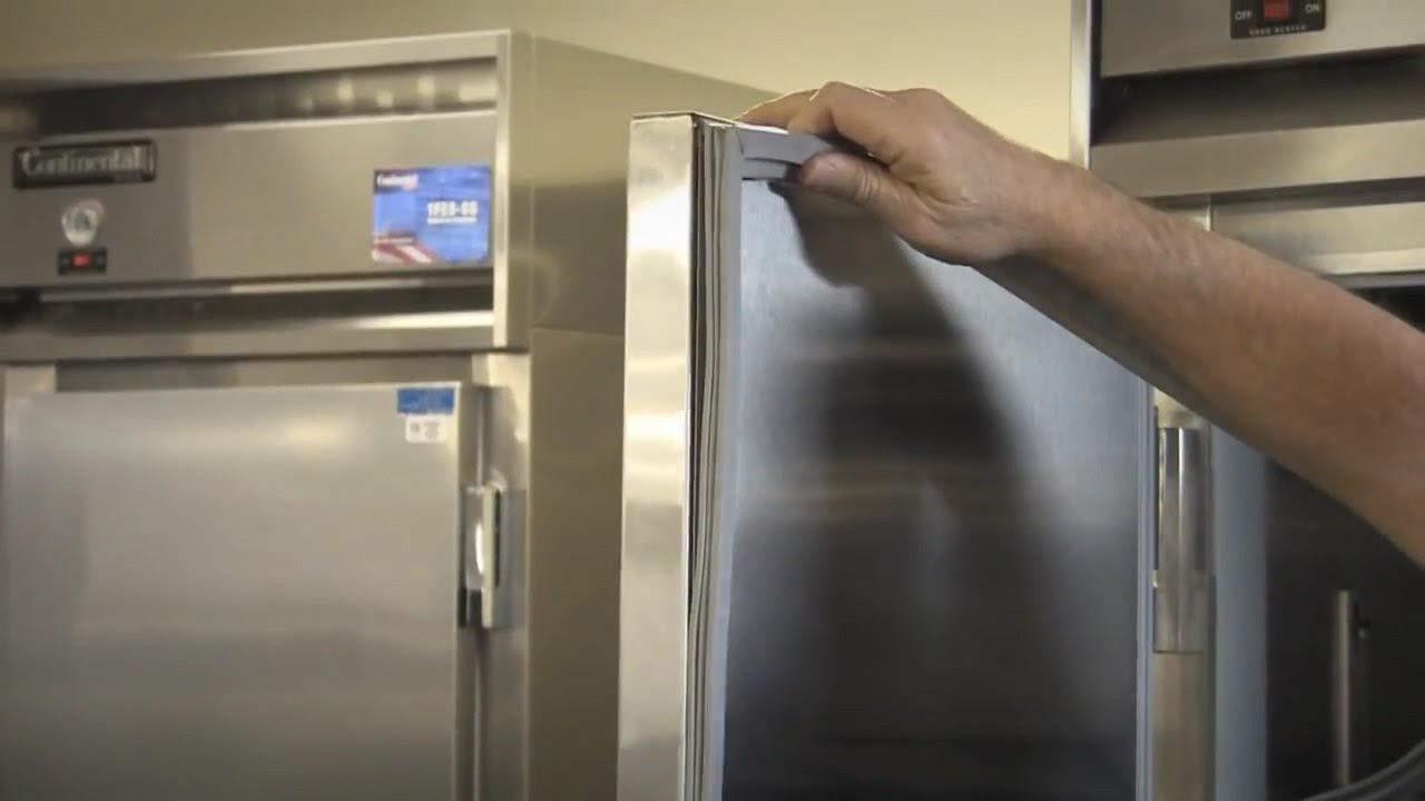 GasketsandStripCurtains.com UHT60LR Door Gasket Refrigerator Freezer Cooler SVC-60060-00 Compatible with Traulsen UHT60LR using SVC-60060-00
