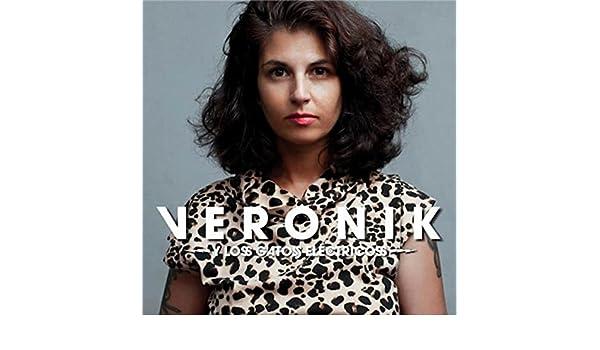 A mí no me asusta la verdad [Explicit] by Veronik y Los Gatos Eléctricos on Amazon Music - Amazon.com