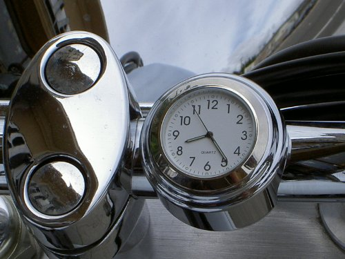 Motorcycle Handlebar Clock with WHITE Dial for 1.0