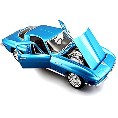 Maisto Die Cast 1:18 Scale 1965 Chevrolet Corvette (Colors May Vary): Toys & Games