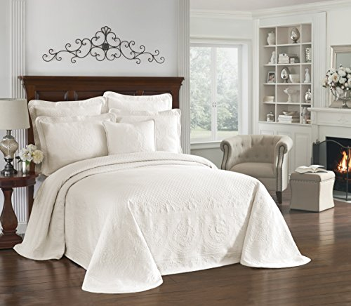"HISTORIC CHARLESTON Bedspreads Coverlet - King Charles Collection 120"" x 114"" Size 100% Cotton Oversized Matelasse Bed Spread, King/Cal King, Ivory"