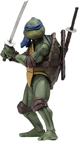 Amazon.com: NECA Reel Toys 2019 GameStop Exclusive - Figura ...