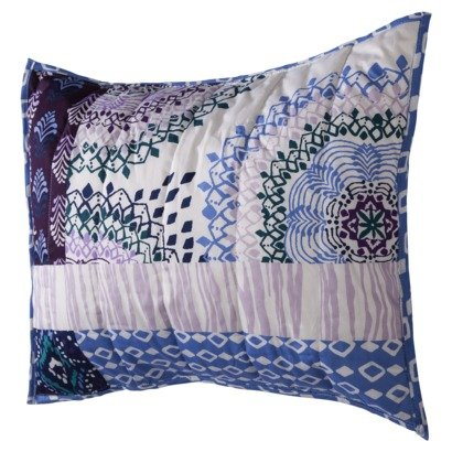 "Xhilaration 20"" x 26"" Standard Full/Queen Quilted Pillow"