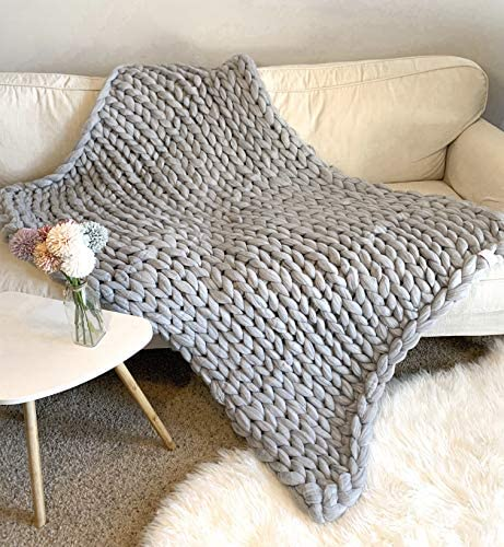 Gray liyhh Handmade Giant Soft Thick Knitted Blanket Cozy Bed Throw Fashion Sofa Blanket Yoga Mat Rug Carpet Home Decor Gift Warm and Soft Touch Gray 5050cm