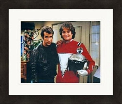 Henry Winkler autographed 8x10 Photo #SC8 pictured with Mork Robin Williams Matted /& Framed Fonzie Happy Days