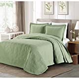 C&U 3 Piece Sage Green Oversized Bedspread Queen, Geometric Pattern Oversize to The Floor Extra Long Bedding, Wide Drapes Over Edge Drops Down Shabby Chic French Country Checkered Plaid, Cotton