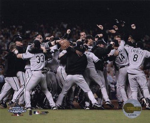 White Sox 2005 World Series (2005 World Series White Sox Victory Celebration Photo Print (11 x 14))