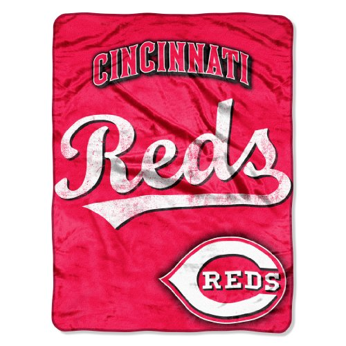 MLB Cincinnati Reds Micro Raschel Plush Throw Blanket, Trip Play Design