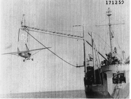 Bird on a Wire: Army Aviators in the Pacific (The Ship - Aviator Hugh