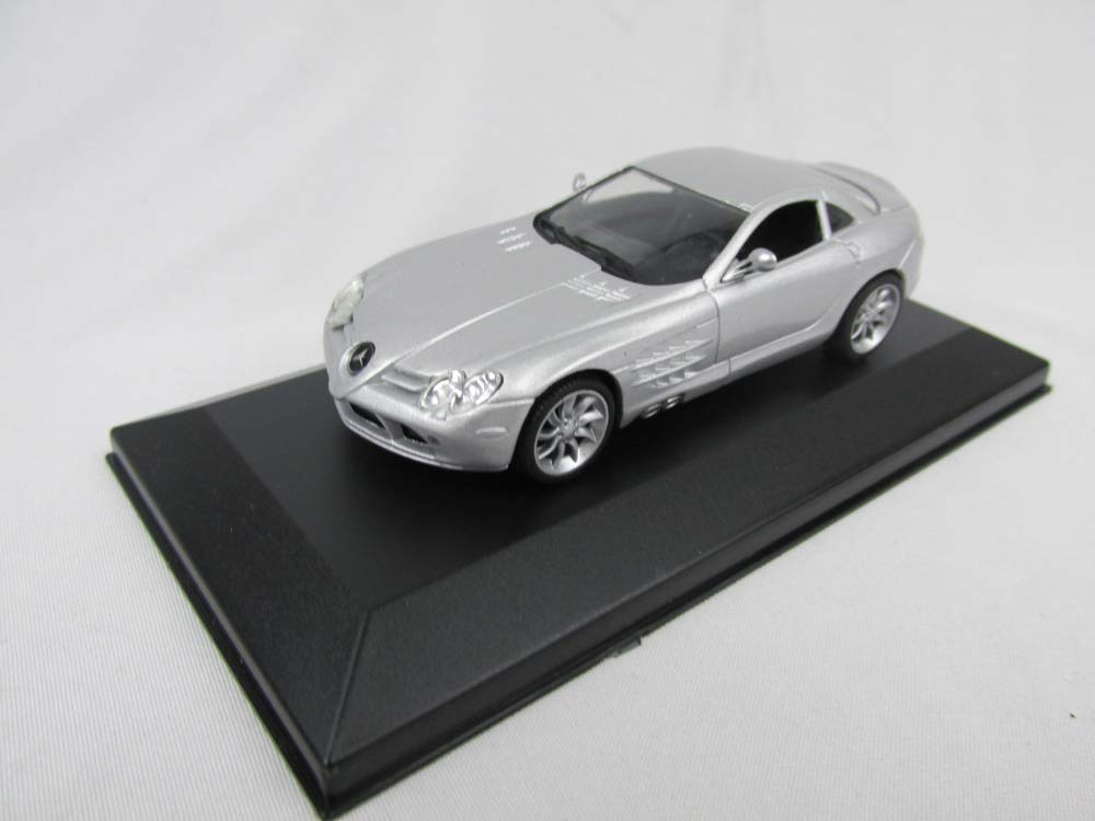 Ixo Mercedes SLR MAC Fertigmodell Ma/ßstab 1:43 in Displayvitrine -Grigia