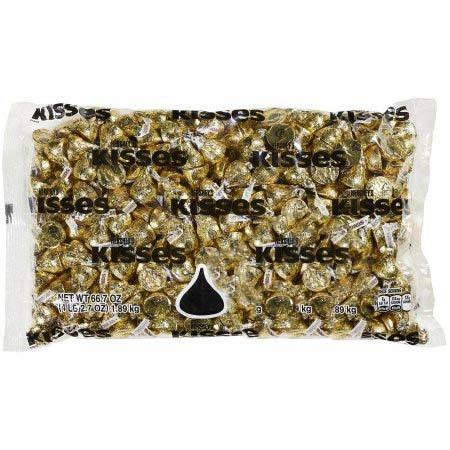 Hershey's Kisses Extra Creamy Milk Chocolate Gold Wrapping, 66.7 Ounces (Chocolate With Gold Wrapping)