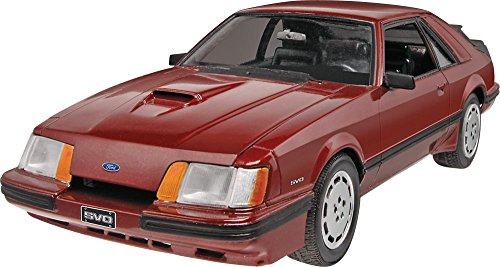 Mustang 1/24 Scale Plastic Model Car Building Kit ()