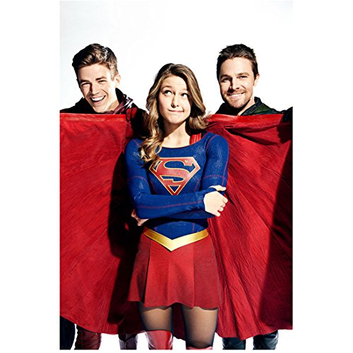 Melissa Benoist 8 Inch X10 Inch Photograph Arrow  Tv Series 2012     Being Silly Between Grant Gustin   Stephen Amell Kn