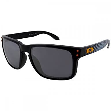 89aa9e98b0 Image Unavailable. Image not available for. Color  Oakley Holbrook  Sunglasses Polished Black ...