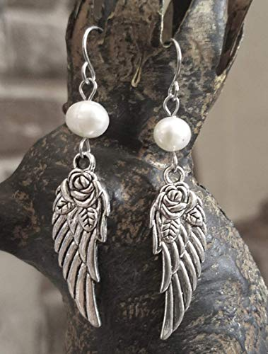 (Pearl Accent Wing Rose Earrings)