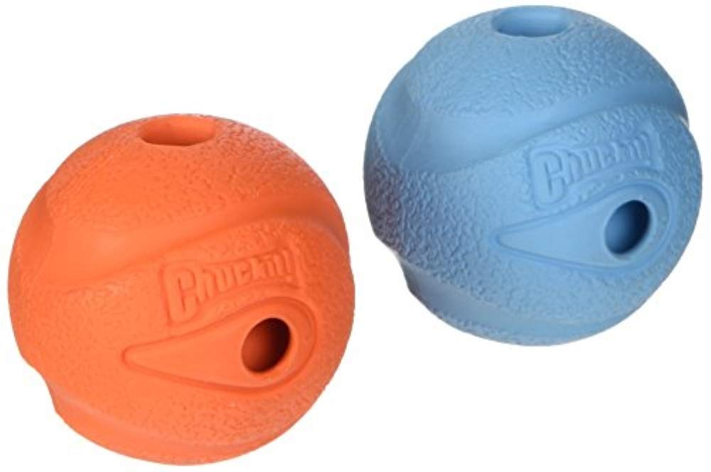 Whistling rubber fetch balls