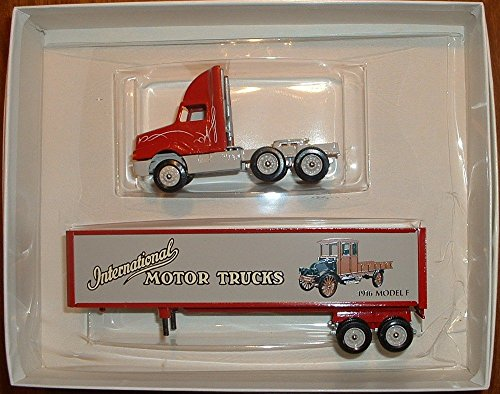 International Harvester Historical Series # 2 1916 Model F1:64 Diecast Scale Model Winross Limited Collector Edition