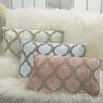 Inspire Me Home Décor Beaded Lattice Blush Throw Pillow 12