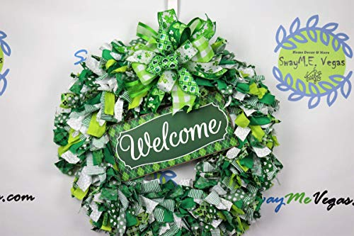 Welcome St. Patrick's Day Fabric Wreath, Green White Door Decor, Irish Holiday Wall Adornment, Plaid Welcome Sign, Handmade Clover Bow