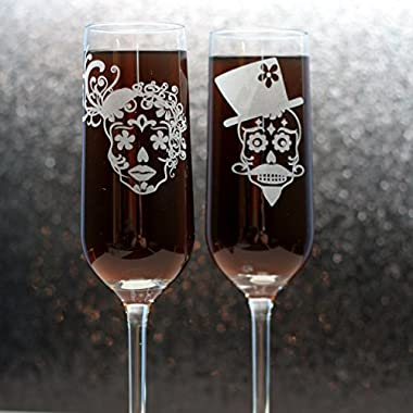 Engraved Wedding Flutes with Sugar Skull Couple (Set of 2) Custom Etched Champagne Glasses