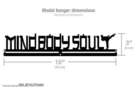 Amazon.com: Mind Body Soul – Medalla de artes marciales ...