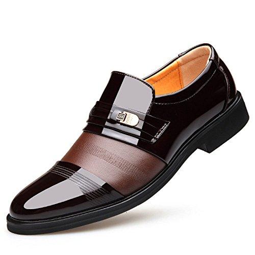 Leder-Geschäftskleidschuhe der Frühlingsmänner Beschuht Die Schuhe der Füße, Die Britische Schuhe der Schuhe der Britischen Art und Weise Spitzen Brown