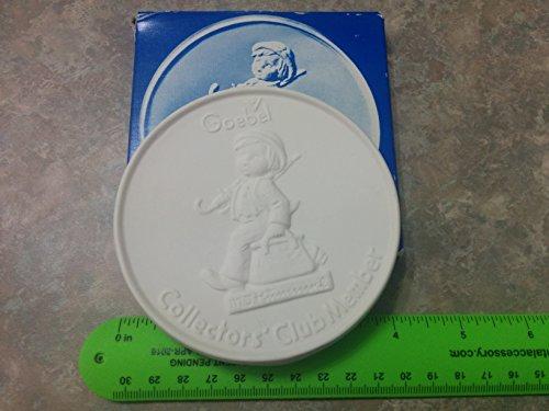 1976 Goebel Hummel Collectors Club Member Porcelain Medallion - Hummel Plate 1976