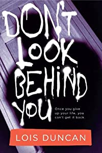 Paperback Don't Look Behind You Book