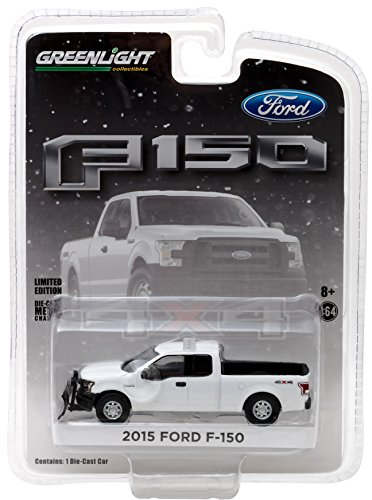 (Greenlight 2015 Ford F-150 with Emergency Light Bar (1:64 Scale) & Snow Plow, White)