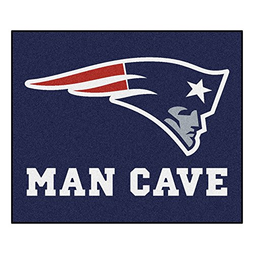 Fanmats 14335 NFL New England Patriots Nylon Universal Man Cave Tailgater Rug (England Floor Rug)