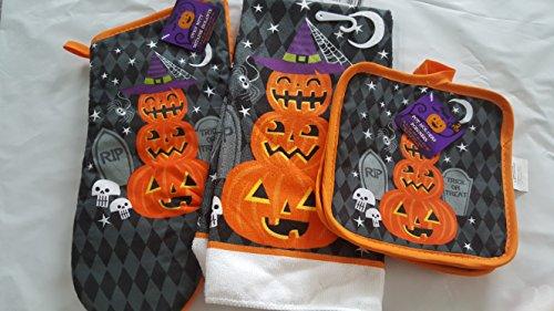 Halloween oven mitt, kitchen towel, and pot (The Nomads Halloween)