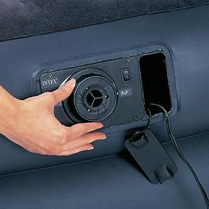 Integrierte Pumpe des Pillow Rest Queen Luftbettes von Intex