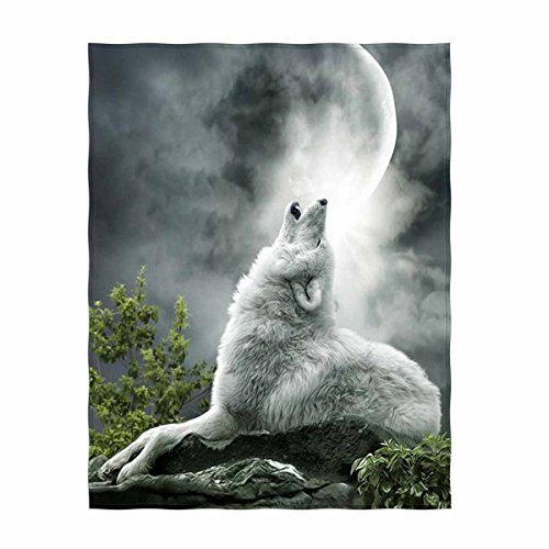 QH Wolf Print Soft Velvet Plush Throw Blanket Cozy Lightweight Blanket Perfect for Couch or Travelling (Wolf Plush Blanket)