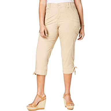 60c55fed9c LEE Womens Plus Cropped Cargo Cargo Pants at Amazon Women's Clothing store: