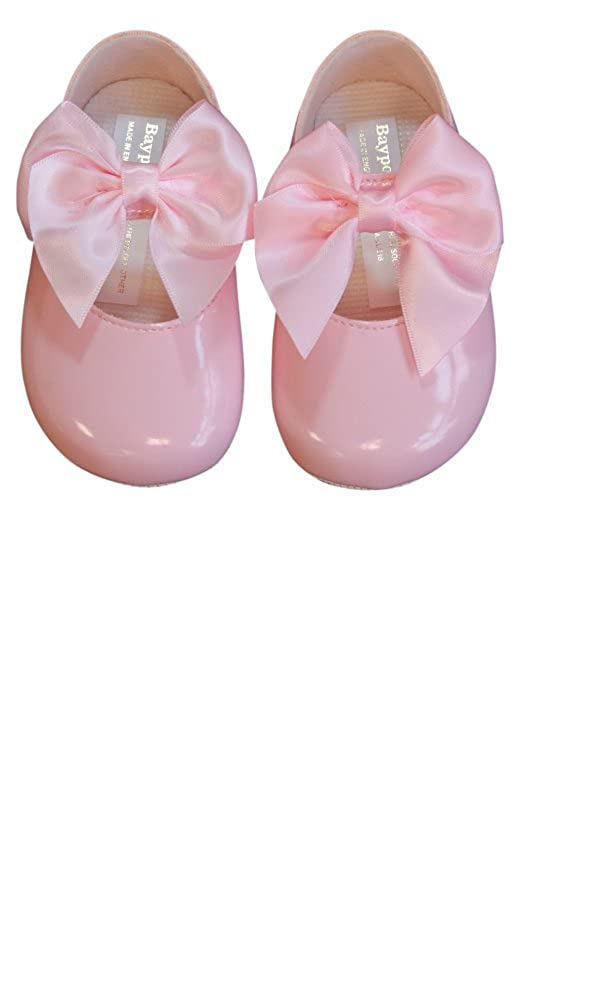 Soho Fashions Luxury British Made Baby Girl Cute Decorative Spanish Style Big Bow Christening Parties Special Occassions Shoes