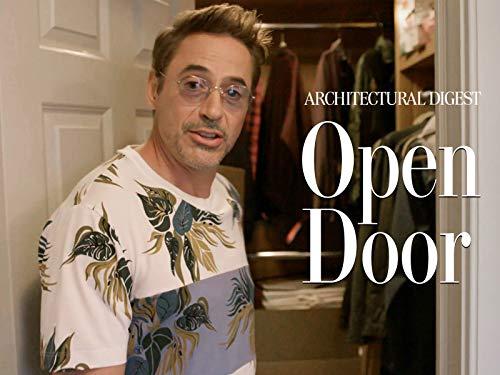 A Hilarious Tour of Robert Downey Jr's Hamptons ()
