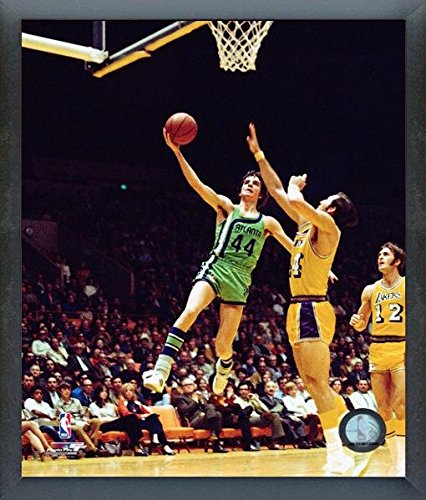 Pete Maravich Atlanta Hawks NBA Action Photo (Size: 12
