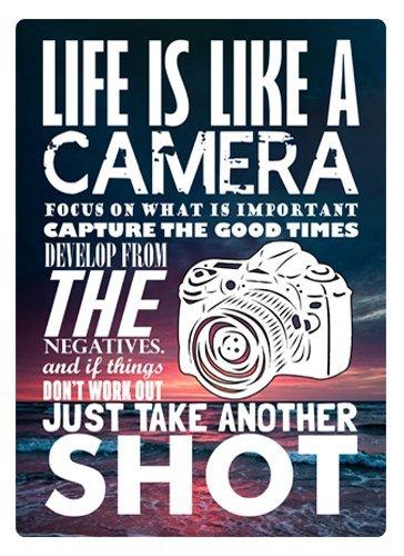 Placca da Parete in Metallo con Scritta Life Is Like A Camera HSSS Life Is Like A Camera 20,3 x 30,5 cm