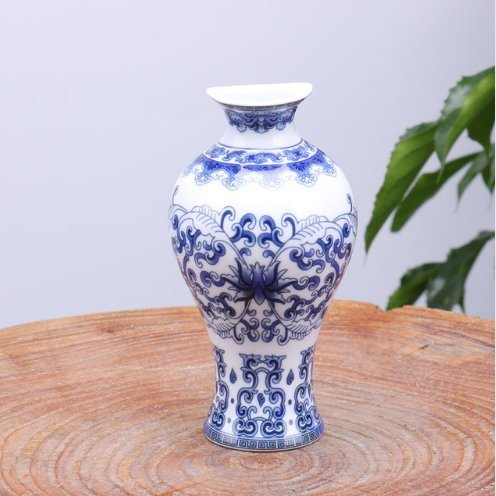 White Chinese Vases - 7