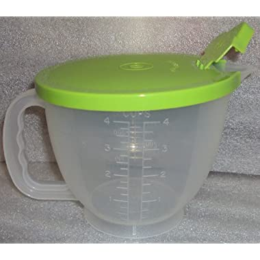 Tupperware Mix & Store Batter Bowl 4 Cup (Small) Measuring Pitcher, Lime Green